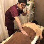 鉄の腰を持つ男が来院(^◇^)めいほく接骨院の腰痛治療!